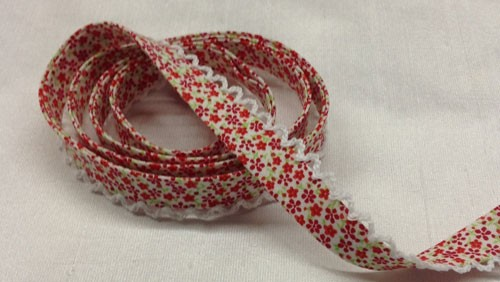 Double Fold Bias with Picot Edge Red Floral