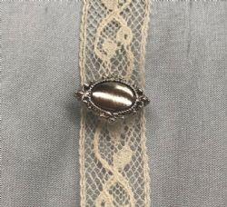 Beauty Pin-Silver Oval